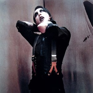 Marilyn Manson - Diary Of A Dope Fiend (Intro) / The Dope Show Lyrics