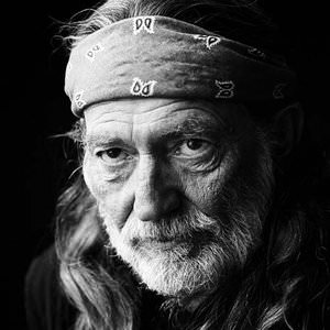 Willie Nelson - On The Sunny Side Of The Street Lyrics