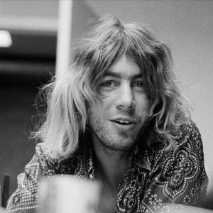 Kevin Ayers - Butterfly Dance - 2003 Remastered Version Lyrics