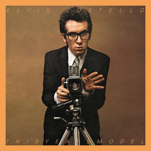 Elvis Costello & The Attractions - (I Don't Want To Go To) Chelsea (Live) Lyrics