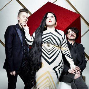Gossip - Standing In The Way Of Control Lyrics