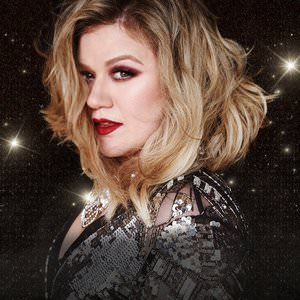 Kelly Clarkson - Underneath The Tree (Cutmore Christmas Sleigh Ride Radio Mix) Lyrics
