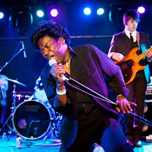 Charles Bradley & The Menahan Street Band - Love Bug Blues Lyrics