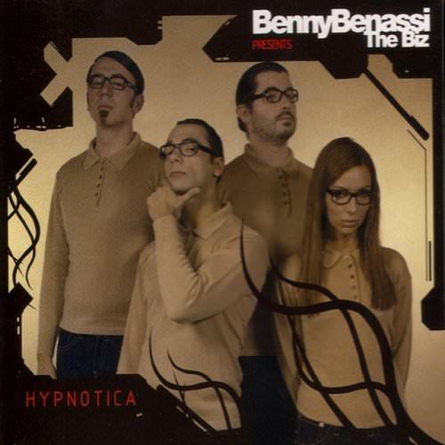 Benny Benassi - Put Your Hands Up Lyrics