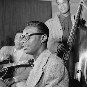 Nat King Cole - All I Want For Christmas Is My Two Front Teeth Lyrics