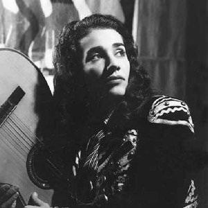 Chavela Vargas - Adoro Lyrics