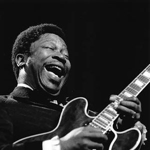 B.B. King - Every Day I Have The Blues (Live At The Regal) Lyrics