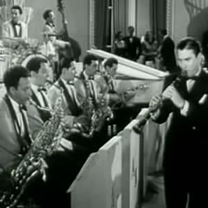 Artie Shaw And His Orchestra - Begin The Beguine (2010 Remastered Version) Lyrics