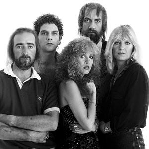Fleetwood Mac - Save Me A Place (Live At St. Louis, 11/5/79) Lyrics