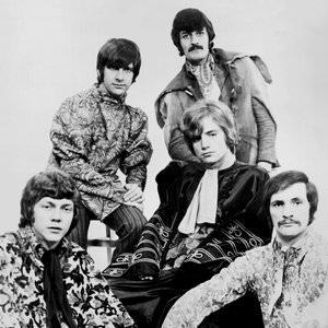 The Moody Blues - Isn't Life Strange (Edit Version) Lyrics