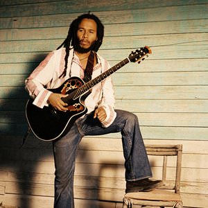 Ziggy Marley - Looking (Live) Lyrics