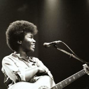Joan Armatrading - Kind Words (And A Real Good Heart) Lyrics