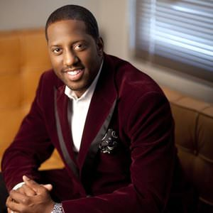 Isaac Carree - Walk Alone Lyrics