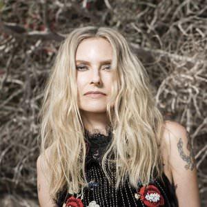Aimee Mann - Calling On Mary Lyrics