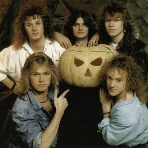 Helloween - Guardians Lyrics