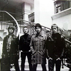 Beady Eye - Shine A Light - Radio Edit Lyrics