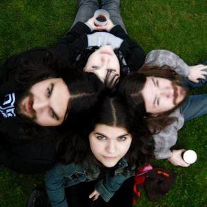 The Magic Numbers - Don't Give Up The Fight Lyrics