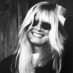 Kim Carnes - Just To See You Smile Lyrics