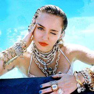 Miley Cyrus - Let'S Get Crazy Lyrics